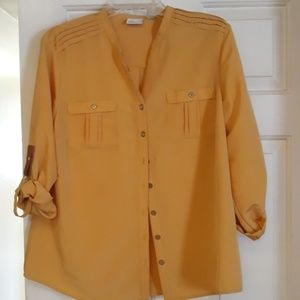 Kim Roger's Large Gold button front shirt